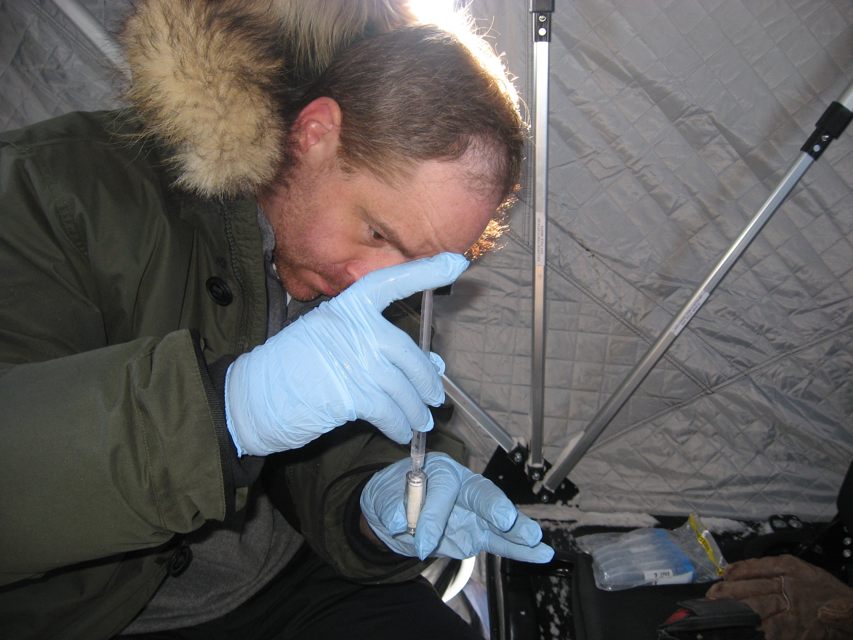 John injecting RNAlater into the sterivex